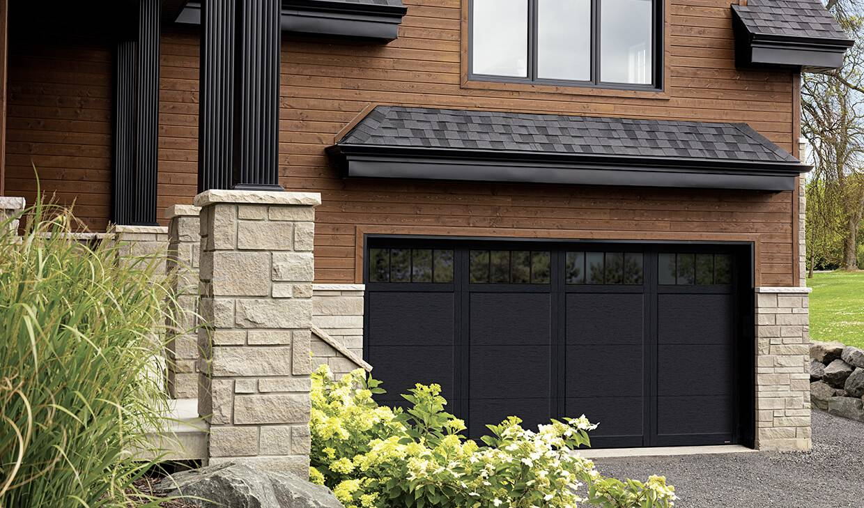 Eastman E-11, 16' x 8', Black door and overlays, 4 vertical lite Panoramic windows