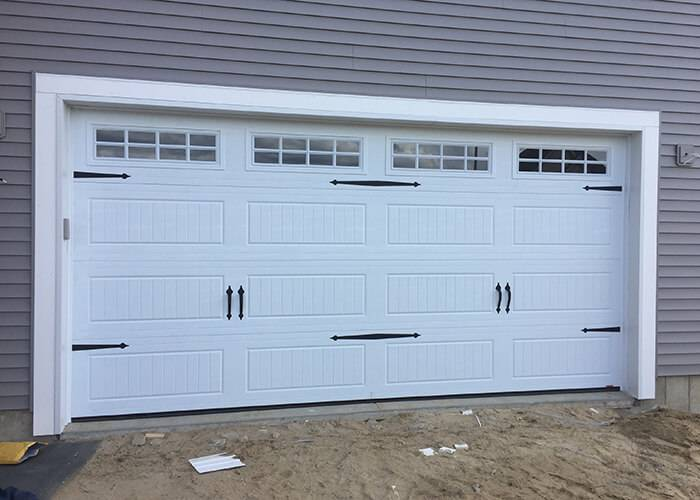 Acadia 138, 16' x 7', North Hatley LP, Ice White, with decorative hardware, Ice White, Stockton Inserts