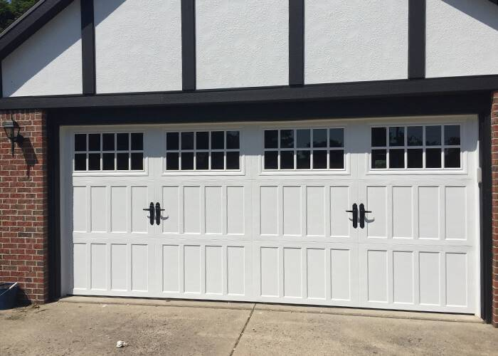 Amarr Garage Doors, 16' x 7', Classica Northampton, True White